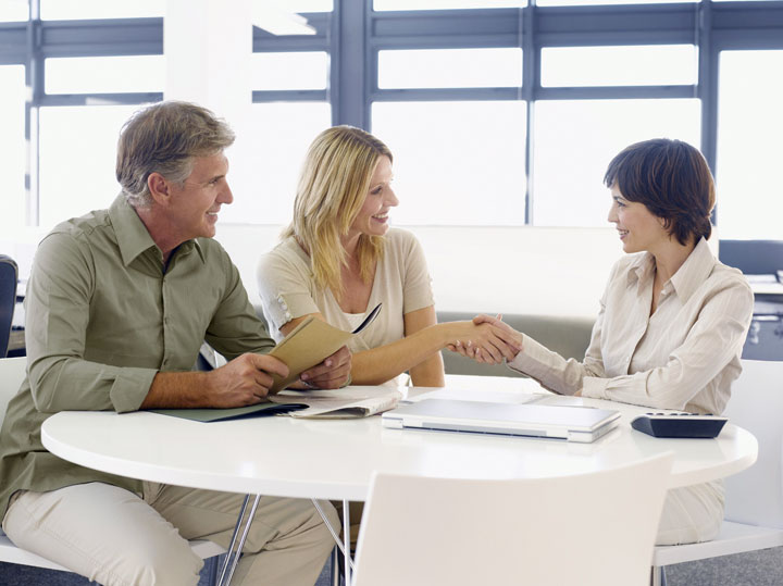 What to look for when choosing a financial advisor.