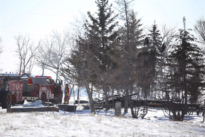 The community around Morris, Man., has rallied to support the Froese family, which lost four boys in a fire near the small community of Kane.