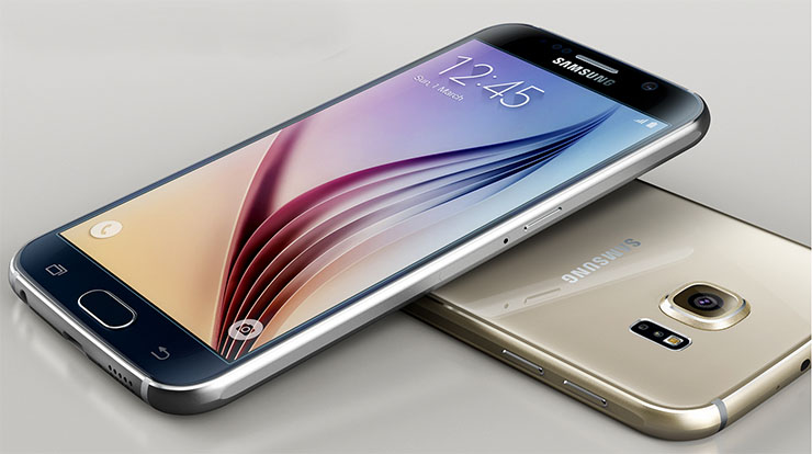 The Samsung Galaxy S6 flat screen features curved and shaved metal rim surface.