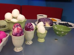 Continue reading: Watch: Manitoba farmer makes natural Easter egg decorating easy