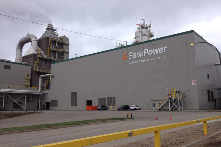 Don't give up on carbon capture technology, Saskatchewan tells Alberta.