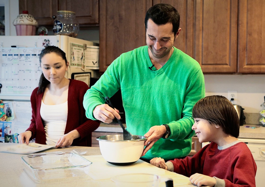 New Statistics Canada data shows the percentage of stay-at-home dads has climbed sharply since the mid-1970s.