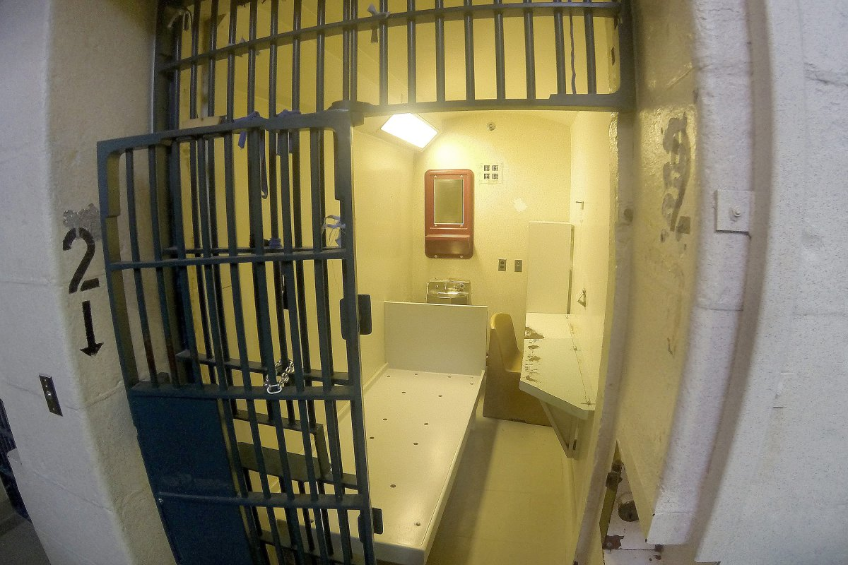 Inmates with mental illness subject to 'cruel and unusual punishment,' suit alleges - image