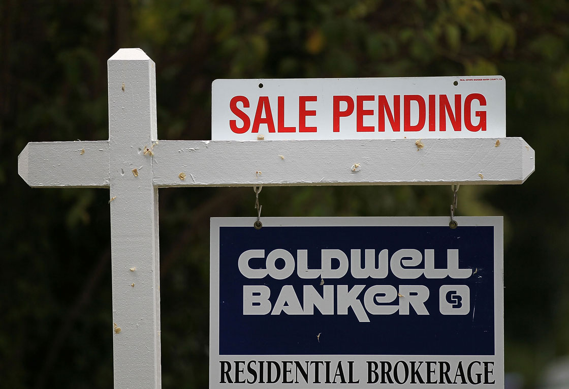 The controversy comes as economists raise fresh warnings about lofty Canadian home prices, notably in areas where prices have accelerated again this spring – namely the Vancouver and Toronto markets and their surrounding suburbs.