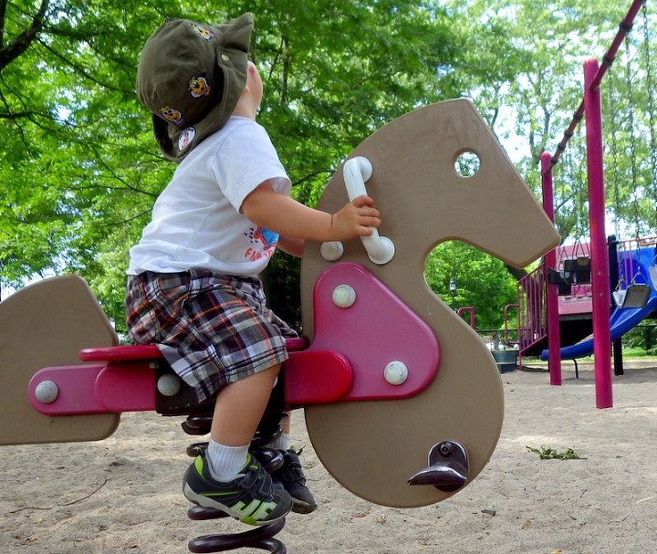 Stroller Parking explores the islands coolest parks for mothers to bring their kids.
