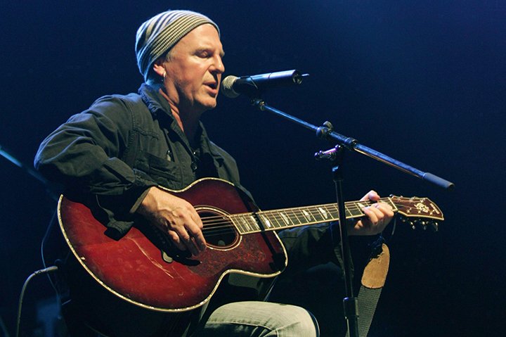 File photo: Alan Frew performs at Jeff Healey A Celebration concert in Toronto, May 3 2008.