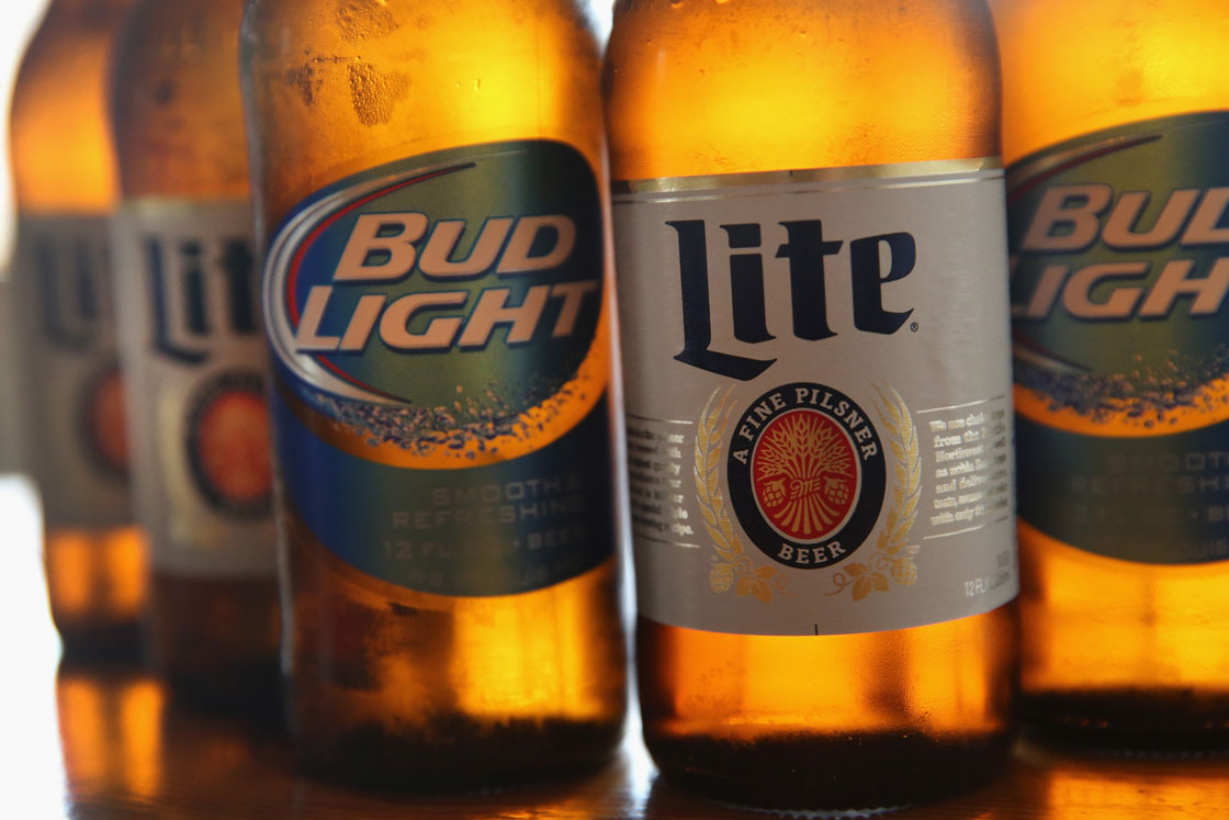 The brewer of Miller Lite is hoping to make a bigger splash in Canada -- and win beer drinkers away from the likes of Bud Light and Coors Light.