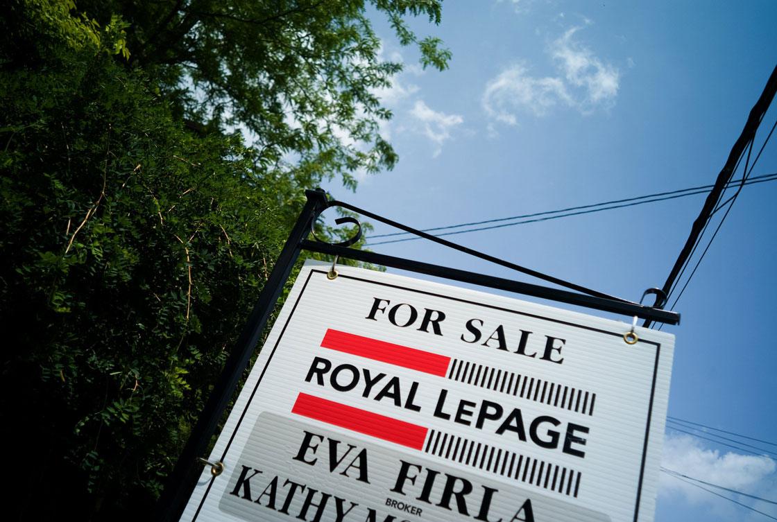 On a per capita basis, household net worth has advanced to $243,800, Statistics Canada said.