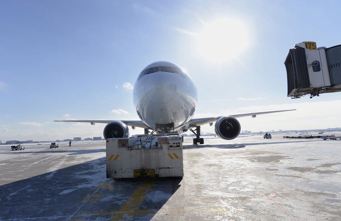 Air Canada, WestJet turn to 'unusual, creative' promos on airfares - image