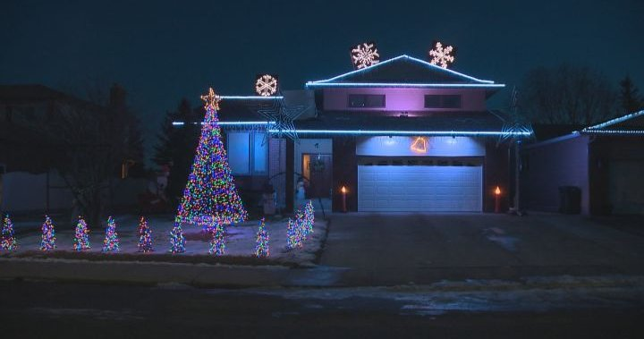 North Vancouver District to consider forcing holiday lights off by 11 p.m.