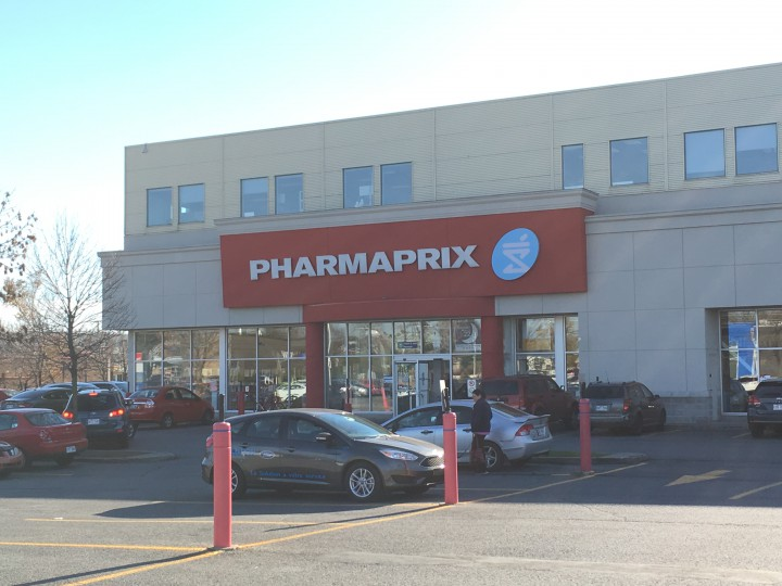Exterior of the Pharmaprix in Chateauguay, Tuesday, November 10, 2015.