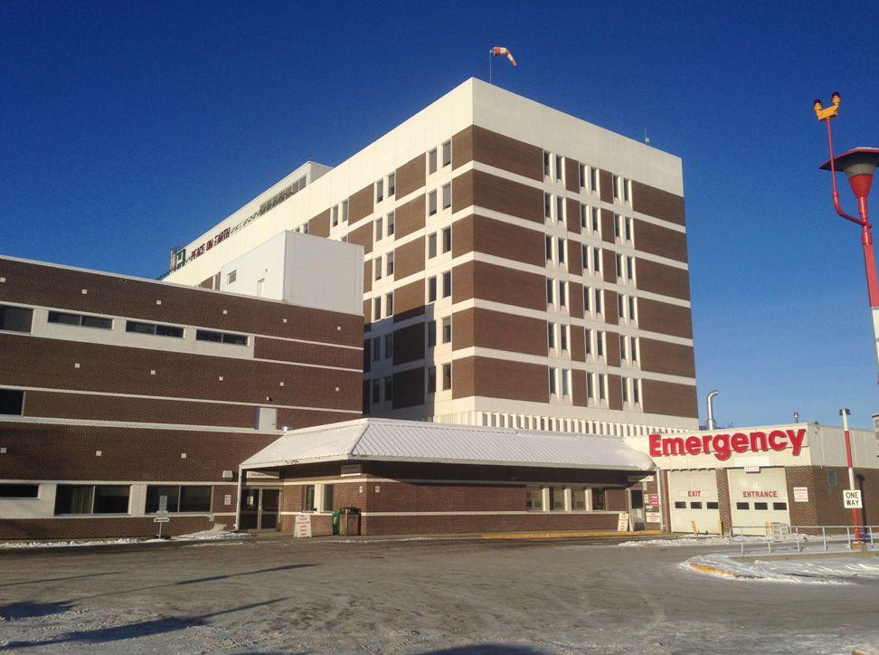 The ER at the Misericordia Hospital in Edmonton, Dec. 22, 2015.