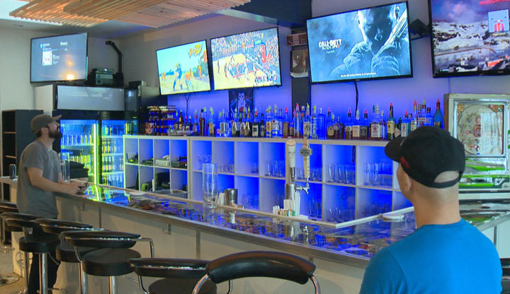 A new Saskatoon bar offers its patrons a new social experience that involves around 1,000 video games.