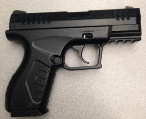 A man with a BB gun was arrested by Morris RCMP.