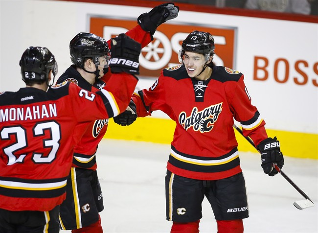 Johnny Gaudreau S Hat Trick Leads Flames Over Jets Globalnews Ca