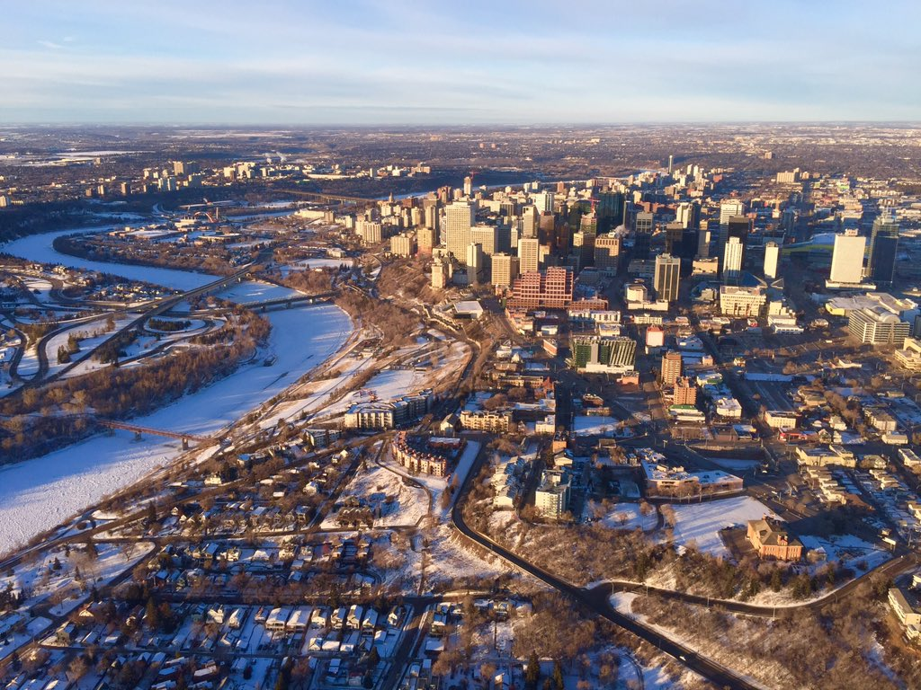 A view of Edmonton from the Global 1 Helicopter. Jan. 30, 2016.
