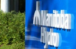 Continue reading: Hundreds without power due to weather, pole fires: Manitoba Hydro