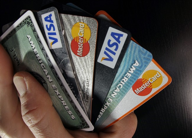 Canadians prefer to pay with smartphones, credit cards over cash: Study - image
