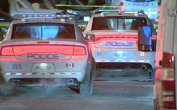 Continue reading: 3 suspects wanted in late night robbery in Mississauga