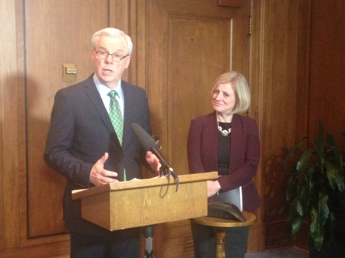 Premiers Greg Selinger and Rachel Notley during a meeting Friday.