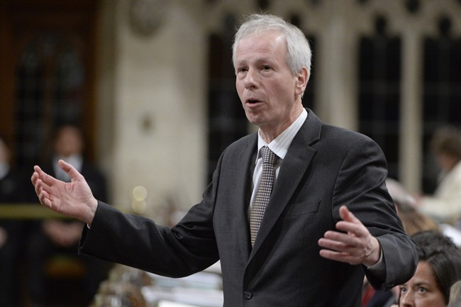 Foreign Affairs Minister Stephane Dion was advised to bring up human rights issues at  December meeting with his Saudi counterpart, documents show.