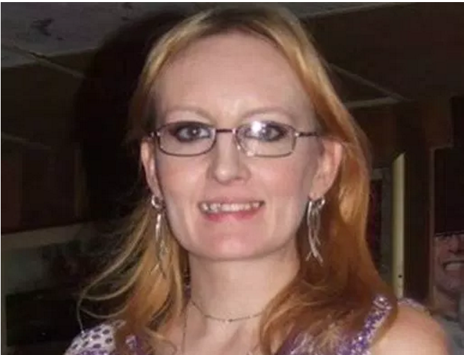 Photo of Lisa Mitchell taken October 27. 2012.