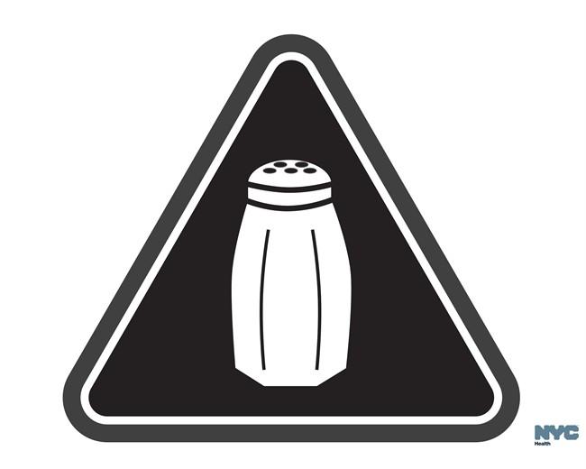 New York restaurants post salt warnings, and diners shrug - image