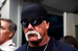 Continue reading: Hulk Hogan suing Gawker for 2nd time after $140M win