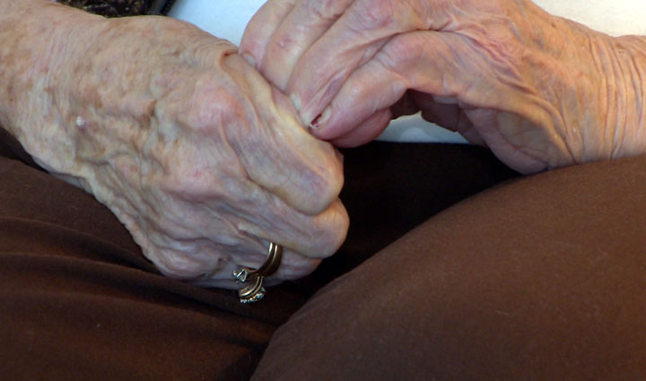 Report says LGBT seniors worry about discrimination in retirement housing.
