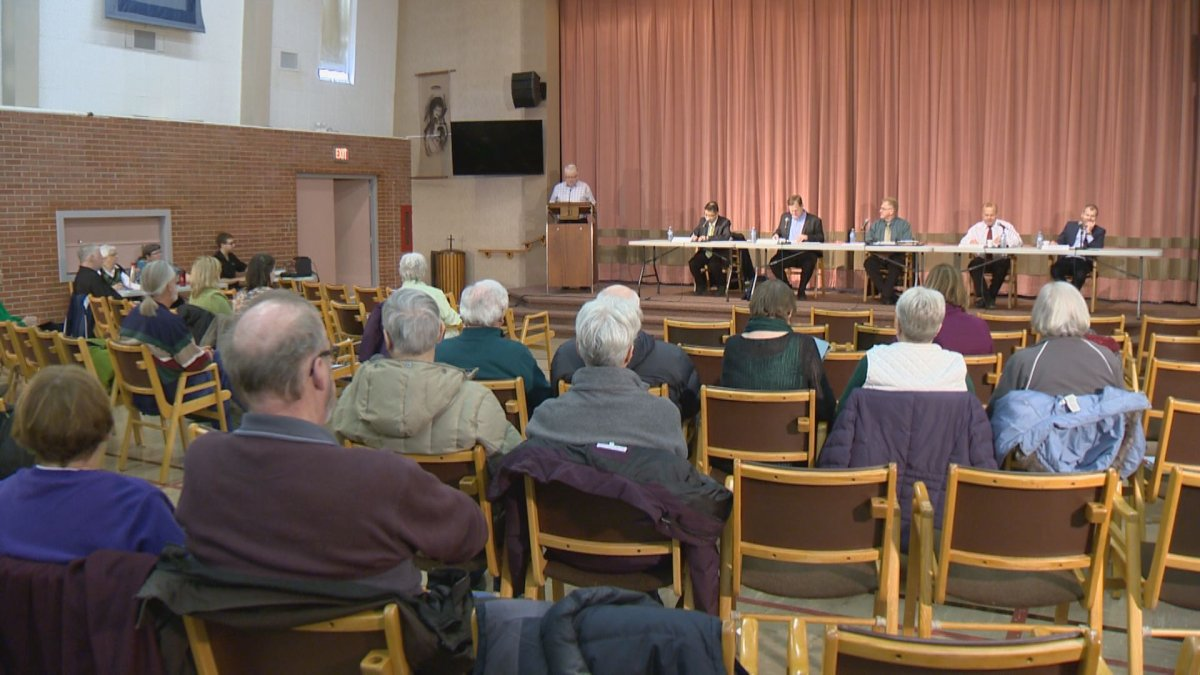 Seniors issues were the subject of discussion at a forum organized by the Saskatchewan Seniors Mechanism.