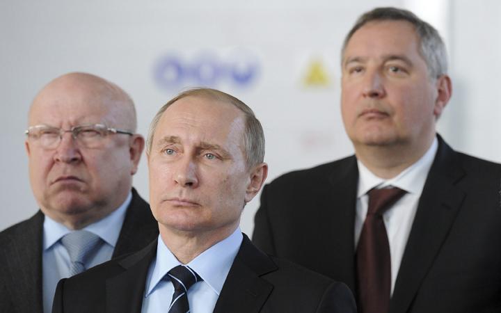 (From left) Nizhny Novgorod region governor Valery Shantsev, President Vladimir Putin, deputy premier Dmitry Rogozin .