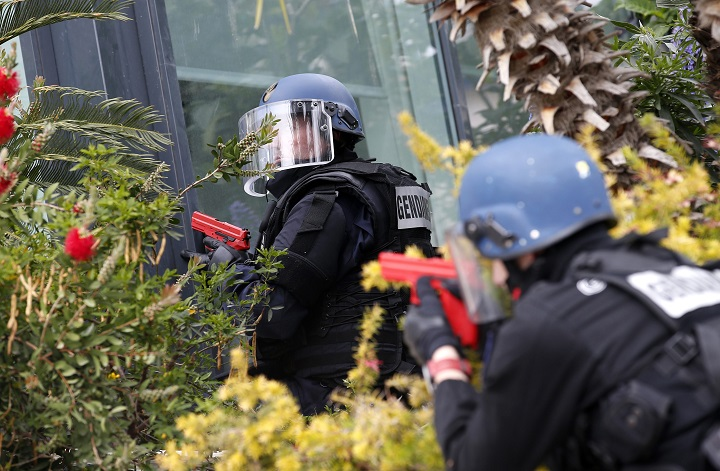 Police officers attend an exercise simulating a terrorist attack in view of the Cannes Film Festival at the Palais des Festival in Cannes, France, 21 April 2016. The Cannes Film Festival will be from 11 May to 22 May 2016.