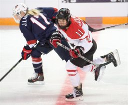 Continue reading: Team Canada forward calls out her home province for pulling plug on women's worlds
