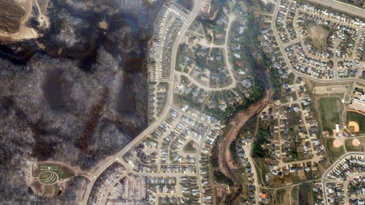 Satellite imagery of the affected area from the Fort McMurray wildfire.
