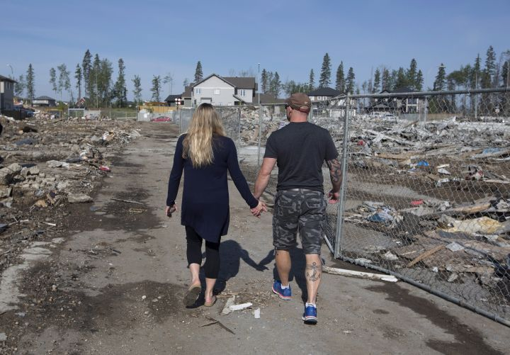 IN PHOTOS: Fort McMurray residents return to destruction on Day 2 of re-entry - image