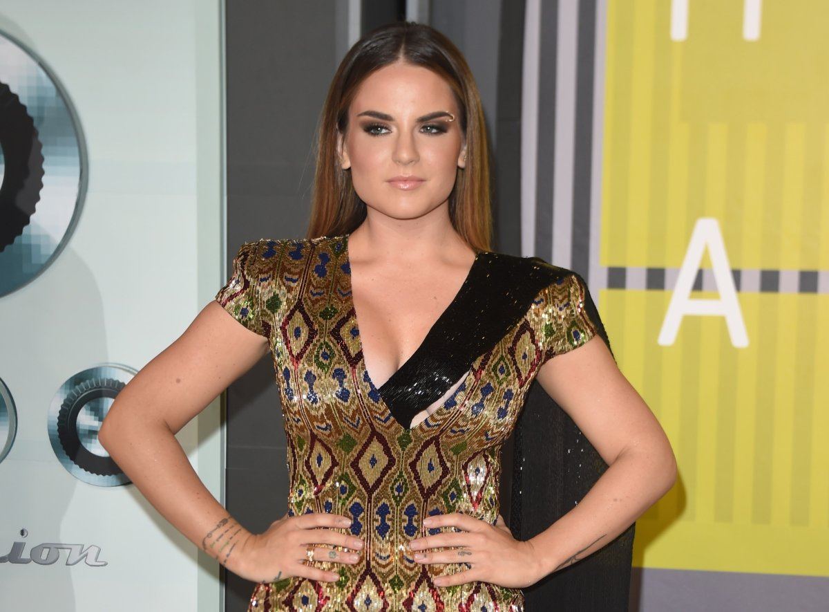 JoJo arrives on the red carpet at the MTV Video Music Awards (VMA), August 30, 2015 at the Microsoft Theater in Los Angeles, California.