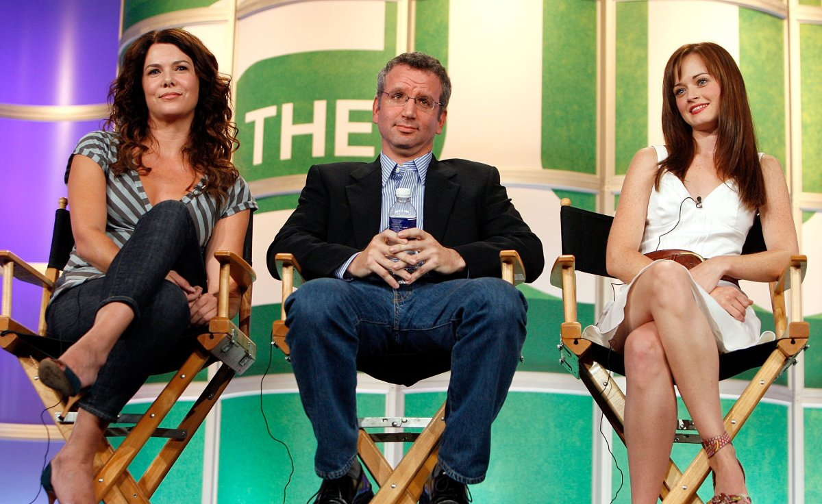 """(L-R) Actress Lauren Graham, Executive Producer David Rosenthal, and Actress Alexis Bledel from the series """"Gilmore Girls"""" attend the 2006 Summer Television Critics Association Press Tour for the The CW Network at the Ritz-Carlton Huntington Hotel on July 17, 2006 in Pasadena, California."""