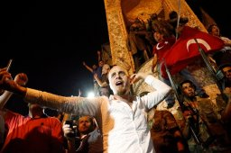Continue reading: Turkey coup: Reports say Facebook, Twitter blocked but images of violence, rallies leak out