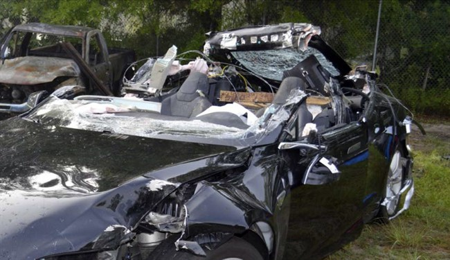 Tesla is investigating what caused its Model S to crash while in Autopilot mode, killing its sole occupant Joshua Brown on May 7, 2016.