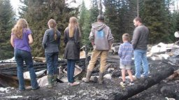 Continue reading: Cariboo family of 13 devastated after home burns down
