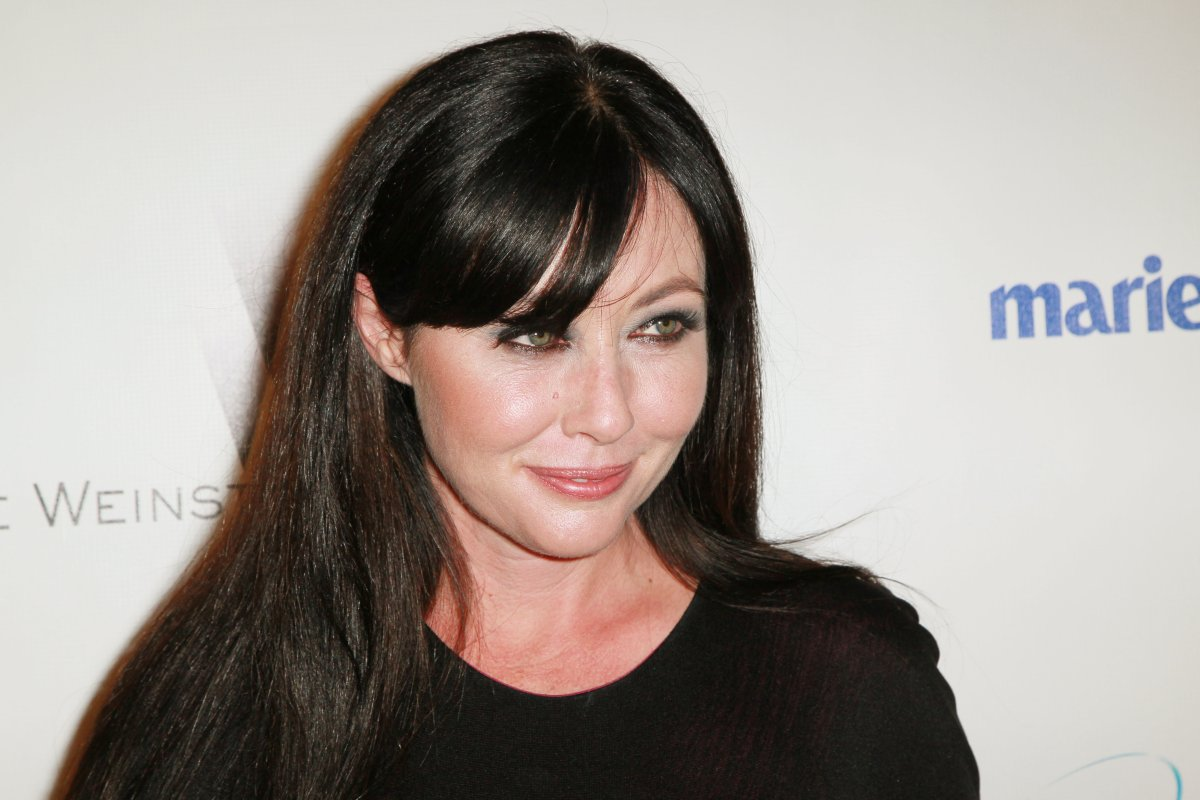Actress Shannen Doherty arrives at The Weinstein Company And Relativity Media's 2011 Golden Globe Awards Party held at The Beverly Hilton hotel on January 16, 2011 in Beverly Hills, California.