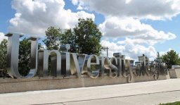 Continue reading: University of Regina requiring COVID-19 vaccine for students, staff