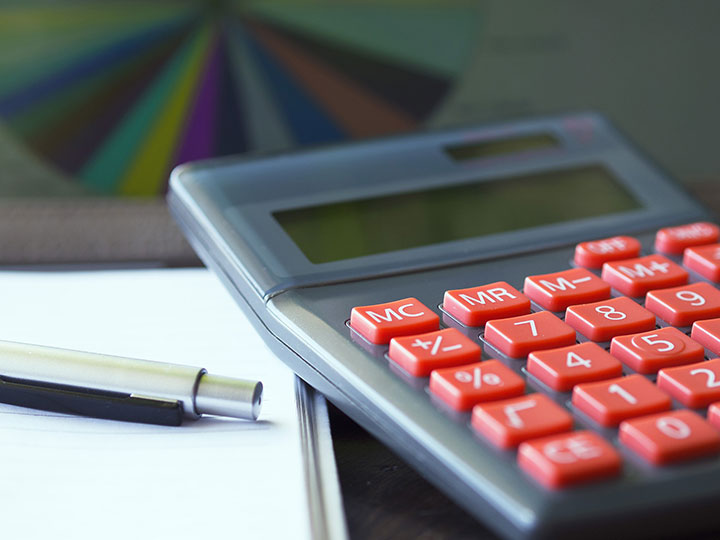 Managing finances can be a daunting task and many of us are living paycheque to paycheque.