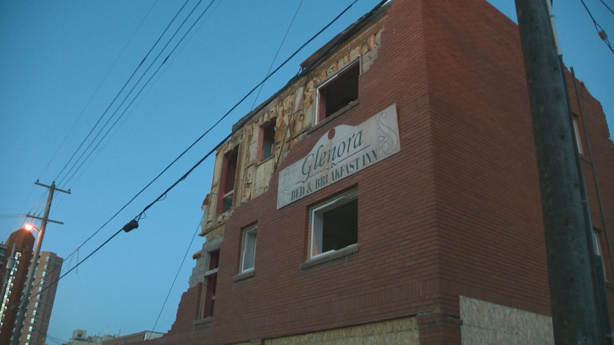Demolition began Friday morning on the 104-year-old Buena Vista Apartments building on the corner of 124 Street and 102 Avenue. September 16, 2016.