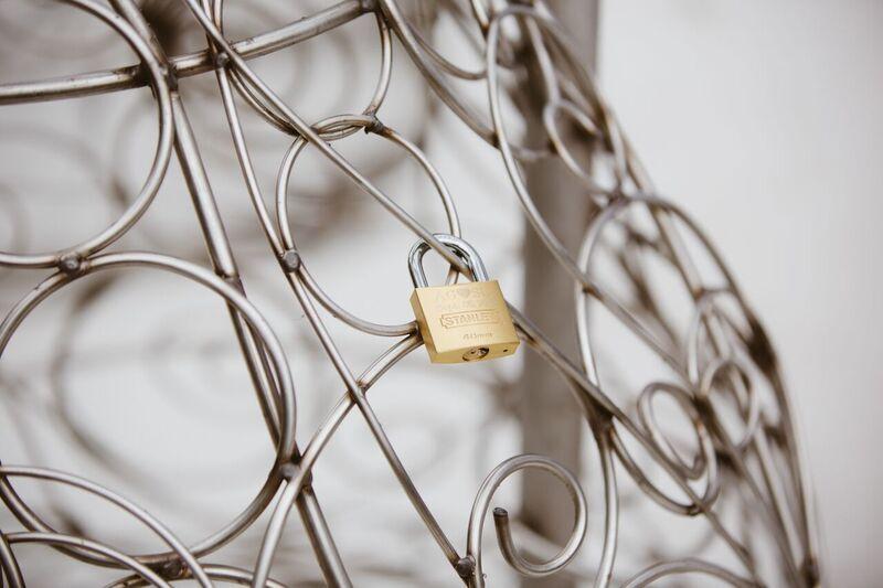Much anticipated love lock sculpture unveiled in Queen Elizabeth Park - image