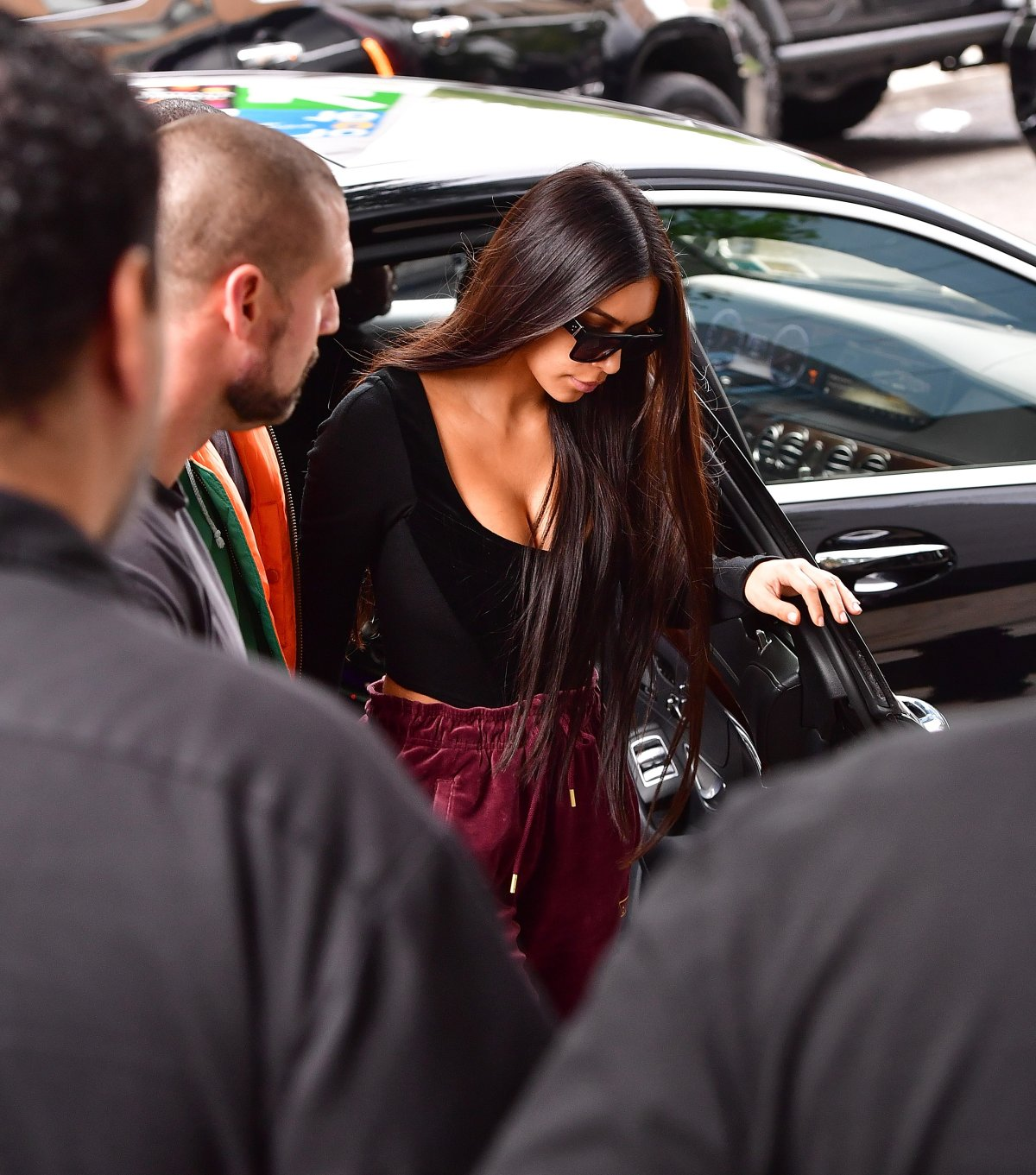 Kim Kardashian arrives to her Manhattan apartment after being robbed in her Paris, France hotel room on October 3, 2016 in New York City.