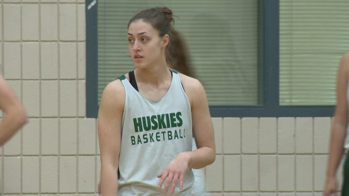 Saskatchewan Huskies guard Sabine Dukate practices with the team ahead of the 2016-17 season.
