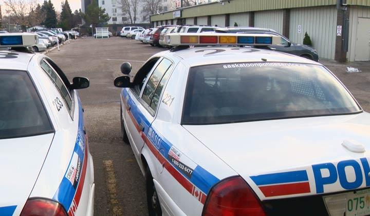 Saskatoon police are on the scene of an armed robbery in the Nutana SC neighbourhood on Saturday afternoon.