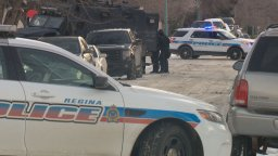 Continue reading: Regina Police, SWAT surround home on Broder Street