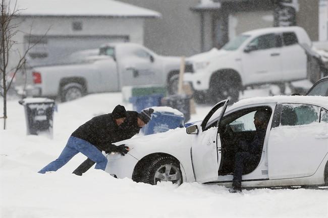 Highways closed as storm hits Winnipeg, southern Manitoba - image